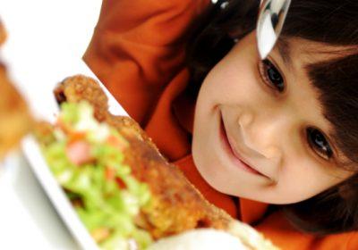 cómo hacer que los niños coman pescado